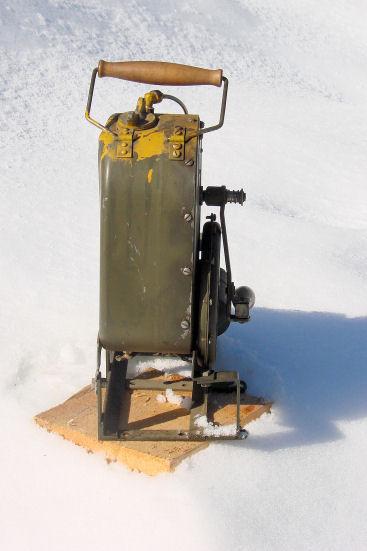 handcrank-heater-dsc04370