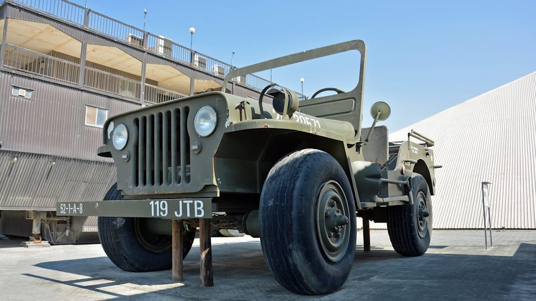 worlds-largest-jeep-abu-dhabi1