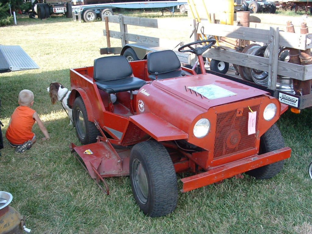 Jeep flatfender mower frt