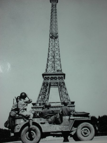 randy_eifel_tower