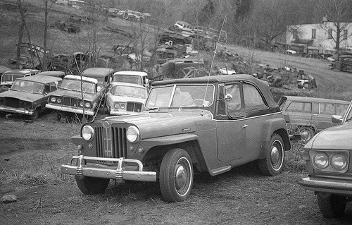 jeepster_junkyard