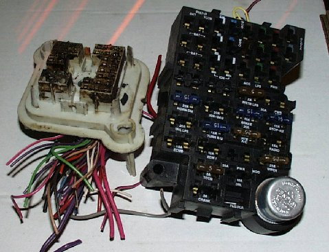 bulkhead_connector_embly  Chevy Fuse Box Location on volvo v70, freightliner cascadia, infiniti g37, fiat 500 interior, chevy express, 05 infiniti g35, audi a3, bmw r1200rt, volvo xc90, jaguar xjs,