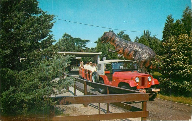 jeep-train-marblehead-oh-postcard1