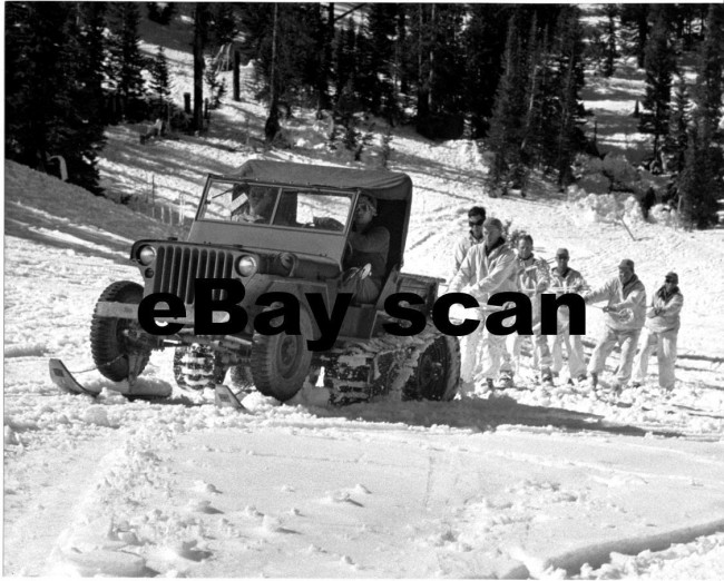 1943-halftrack-mb-skiers-photo