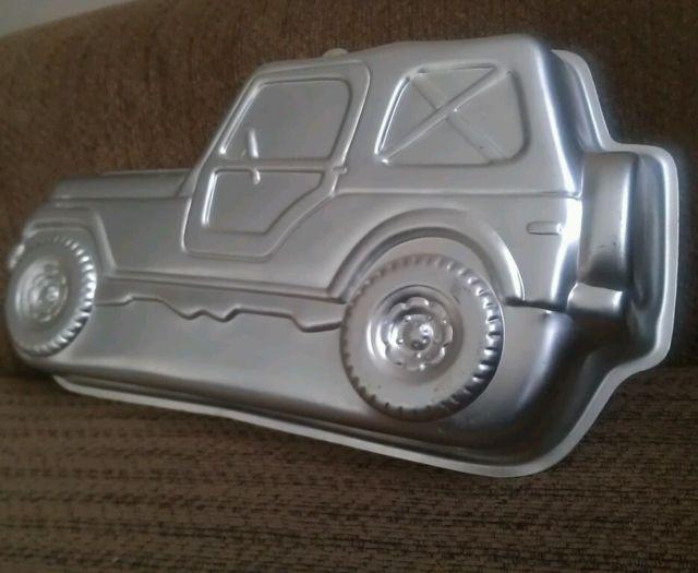 jeep-cake-pan