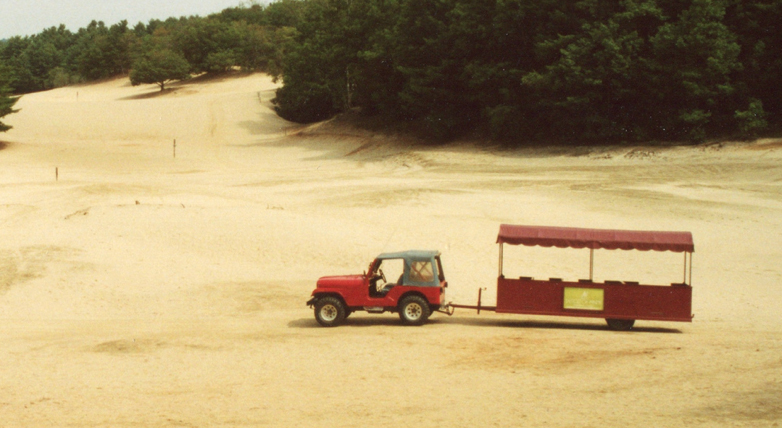 jeep-train-desert-of-maine