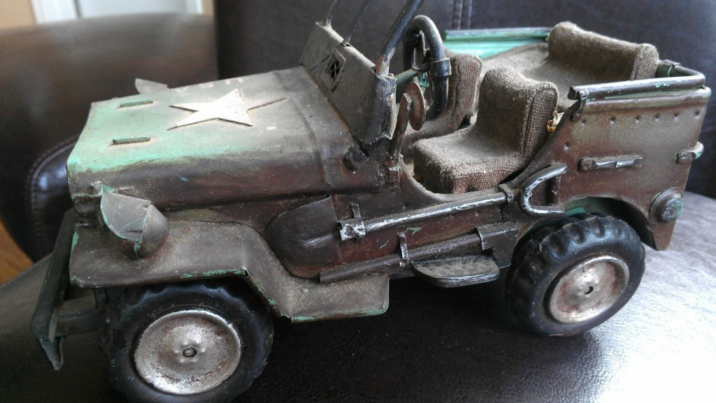 1940s-tin-jeep-toy-homemade1