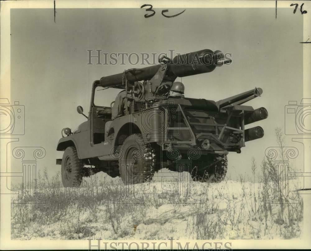 1960-06-12-davy-crocket-m38a1d1