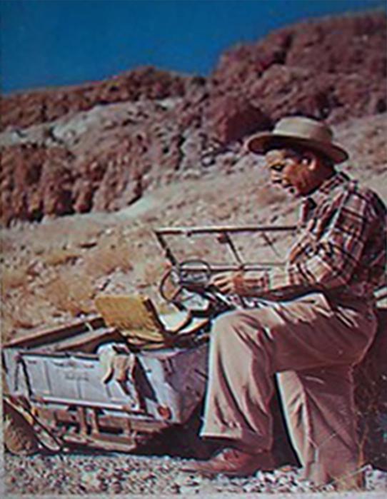 bruc-minard-gold-prospector-postcard