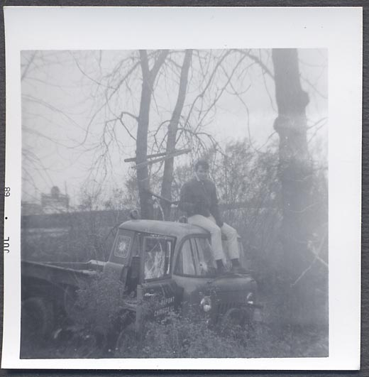 photograph-wrecked-fc150-man