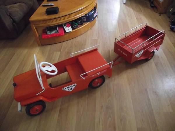 1950s-hamilton-uhual-pedal-car-and-trailer2