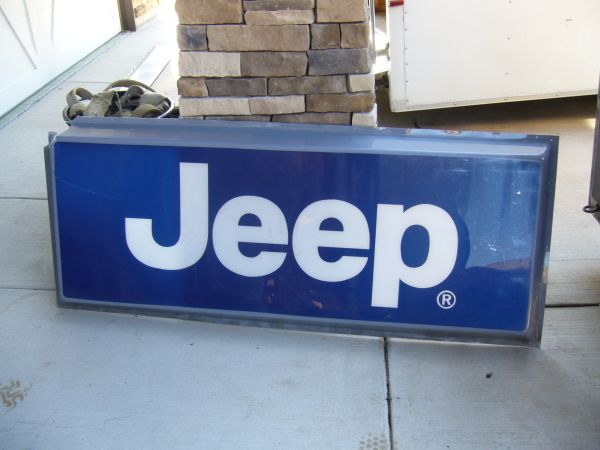 jeep-sign-defiance-mo