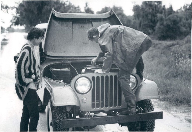 1969-photo-forest-ranger-fixing-jeep