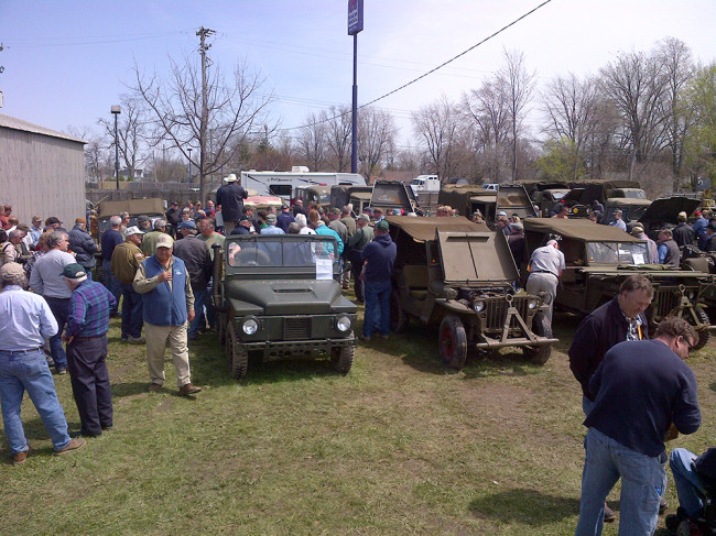2013-04-27-mike-yeck-auction13