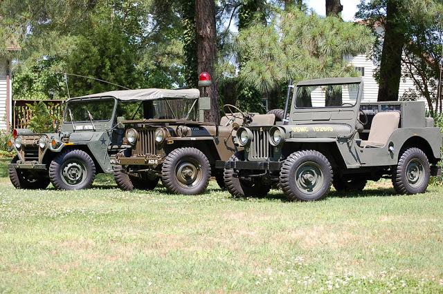 3-vintage-jeeps-comparison1