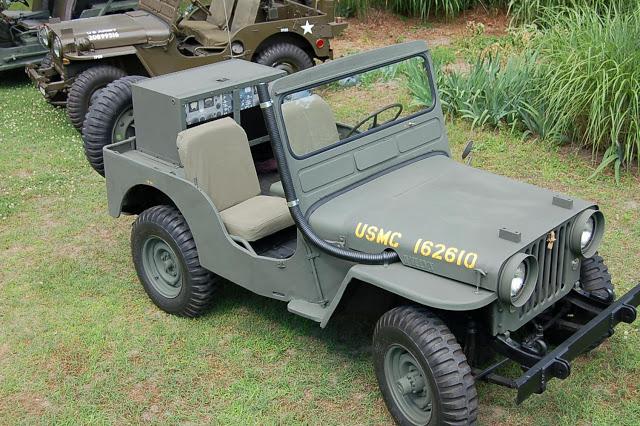 3-vintage-jeeps-comparison3
