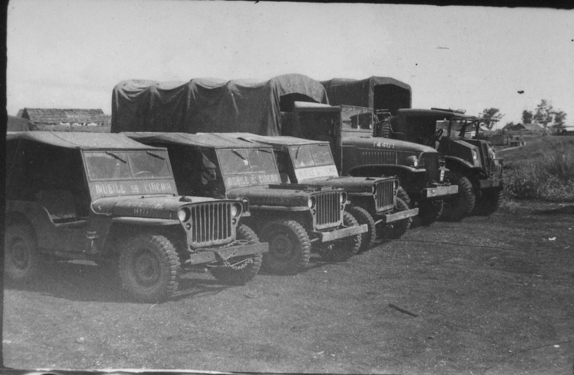 GPW 1942 Ford Bronco Model : revue de détail et montage - Page 4 MobileCimema02