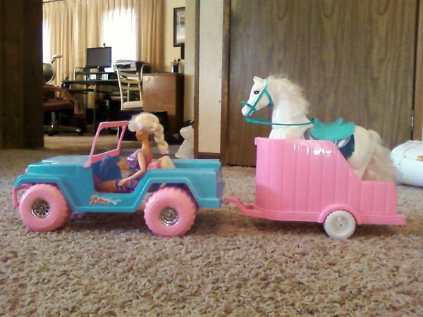 barbie-horse-and-trailer-toy