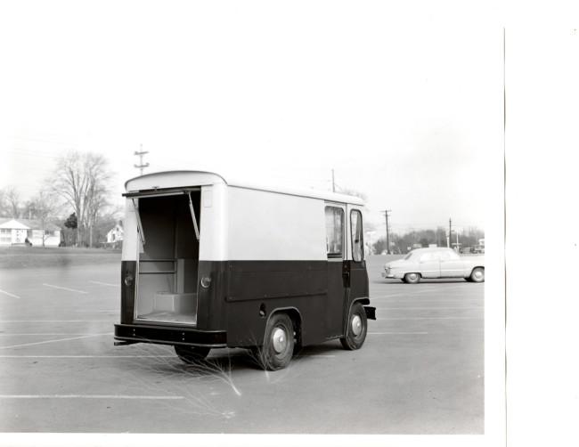 fleetvan-fj-photo-back2