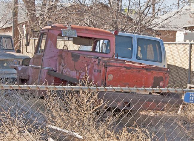 holbrook-truck-odd-bed