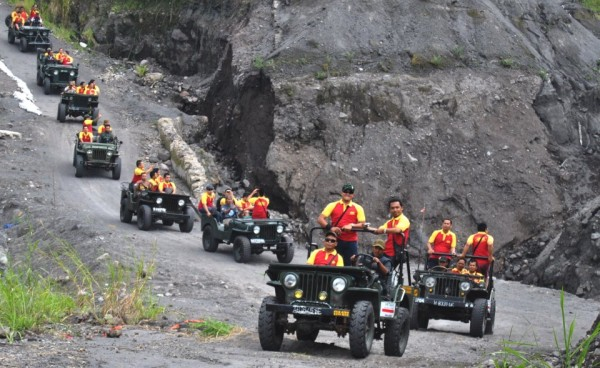 merapi-jeep-tour-community5