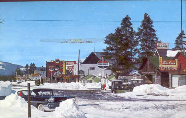 postcard-west-yellowstone-3-jeeps