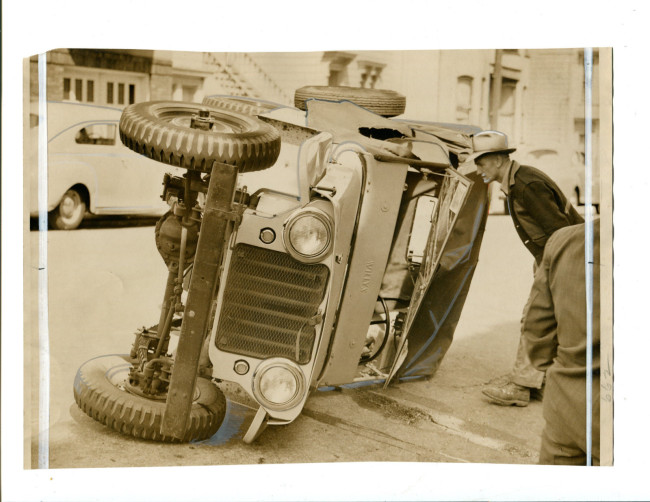 1947-wrecked-jeep-sanfrancisco1