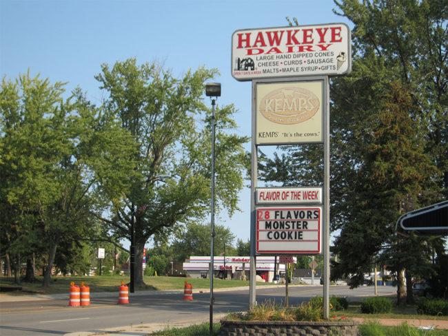 2013-05-09-hawkeye-dairy-abbortsford-wi1