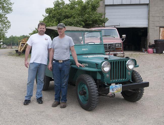 2013-05-16-roger-jeeps-tractors2