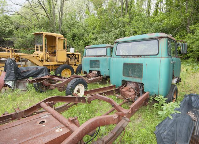 2013-05-16-roger-jeeps-tractors3