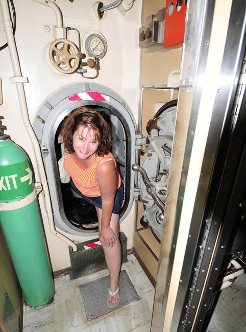 2013-05-30-albacore-submarine6