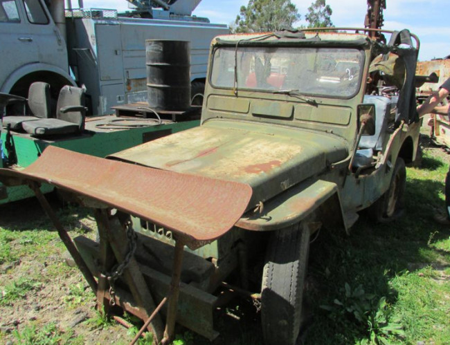cj3a-jeep-a-trench-santarosa-ca1