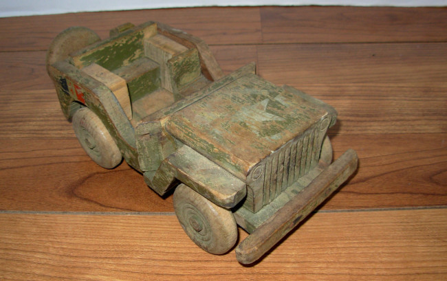 wooden-army-jeep3