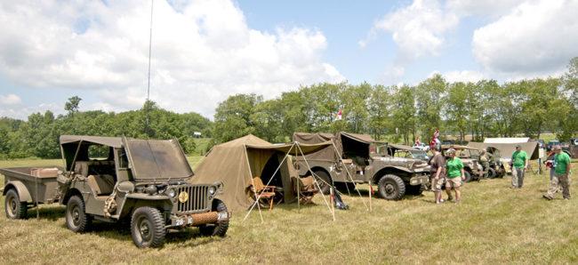 2013-06-15-bantam-festival-military