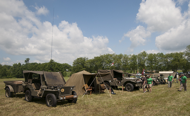 2013-06-15-bantam-festival-ww2-jeeps