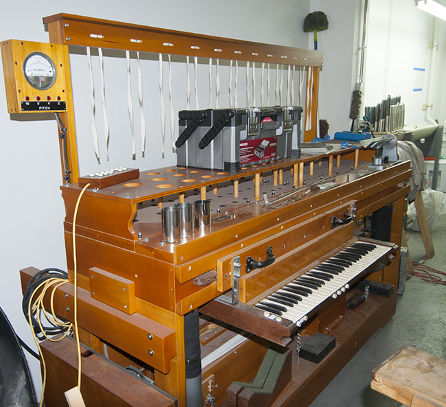 2013-06-18-jeff-organ-shop4