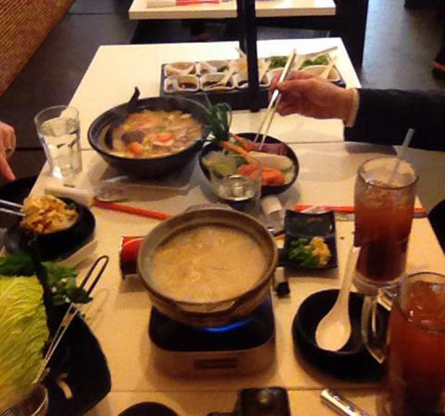 2013-06-18-shabu-shabu-japanese-food
