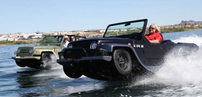 water-car-jeep2