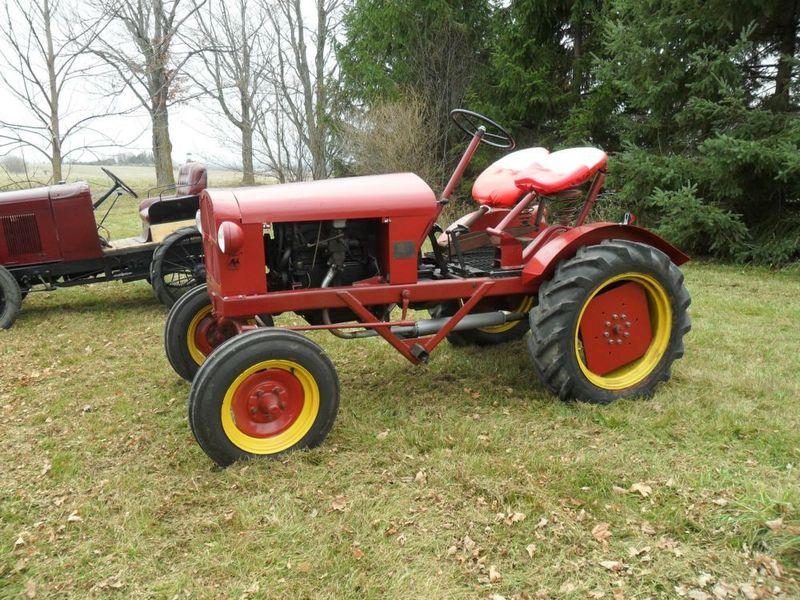 1948-empire-tractor-toronto-canada