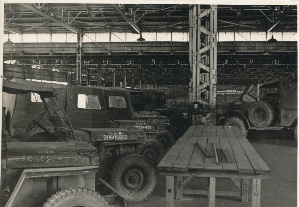 1946-airbase-japan-jeeps