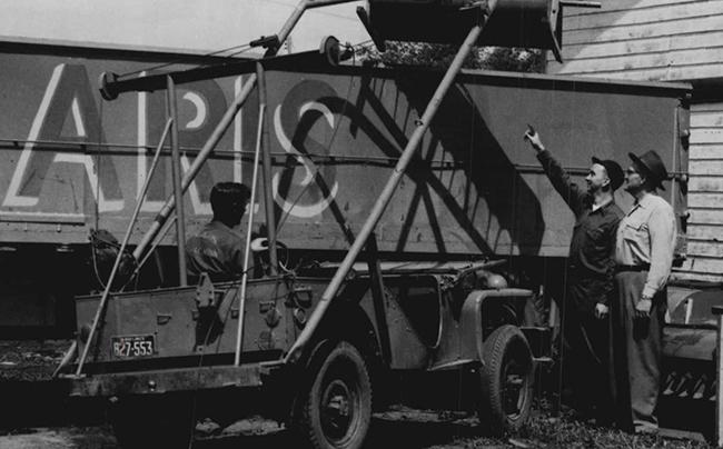 bantam-brc40-1954-jeep-crane-polaris-lores2
