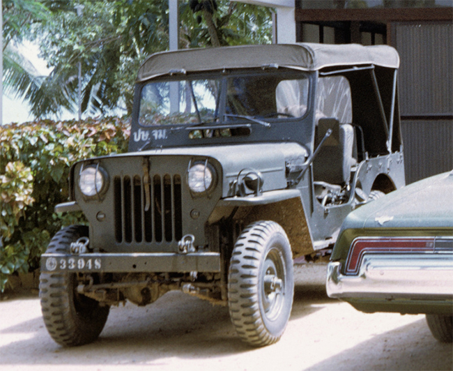 doug-bangkok-m606