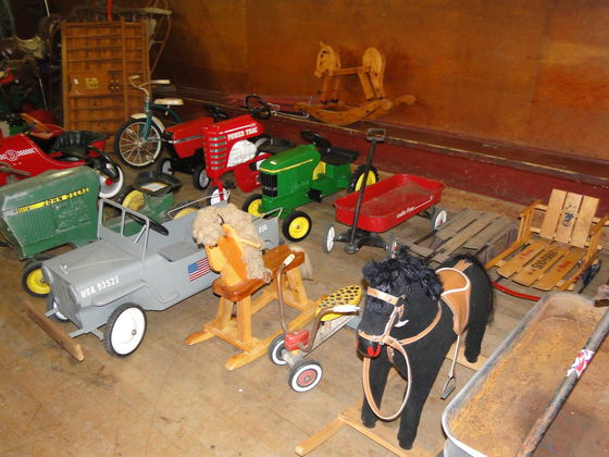 hamilton-pedal-jeep-auction