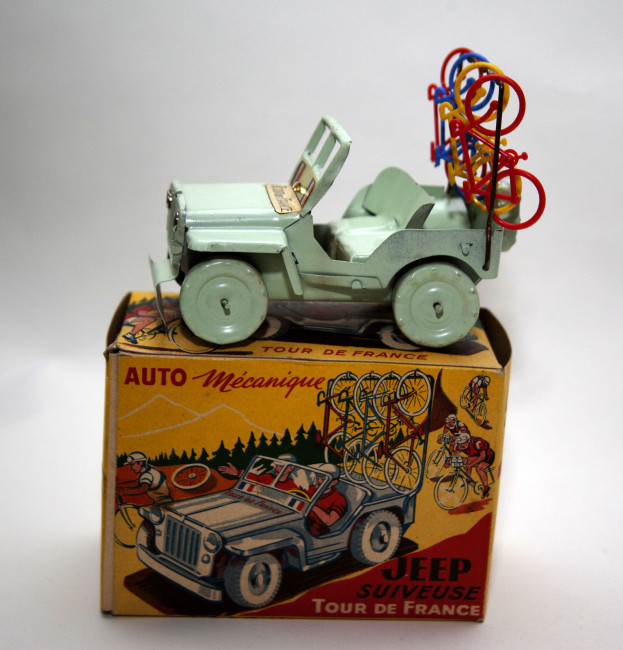 tour-de-france-toy-jeep1