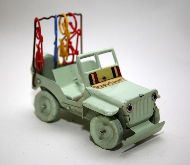 tour-de-france-toy-jeep2
