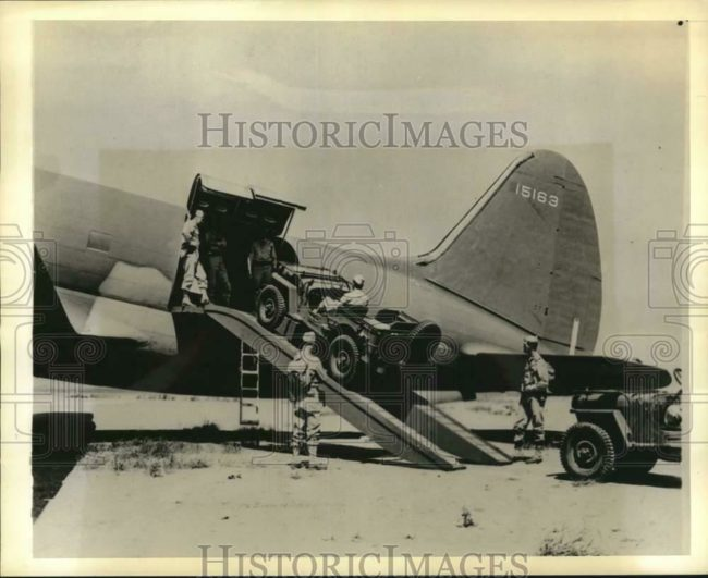 1942-07-30-boarding-curtisc46-1