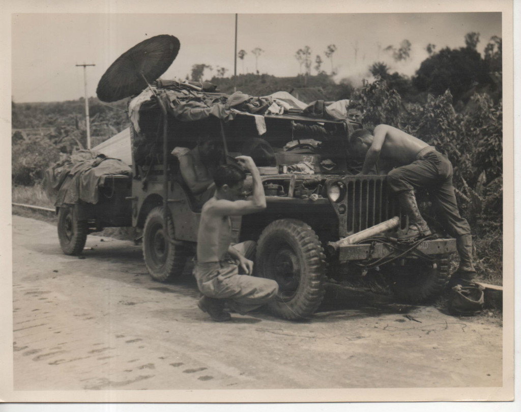 1945-05-28-tarakan-australian-soldiers1