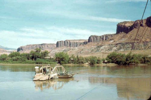 1955-trip-to-hole-in-the-rock11