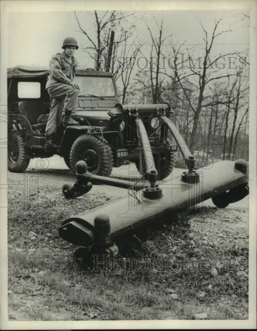 1957-03-14-mine-dector-willys1