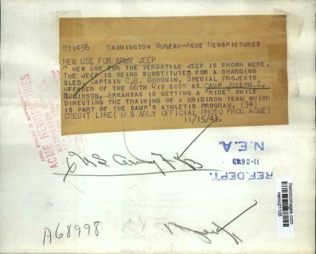 1943-11-15-football-players-camp-robinson2